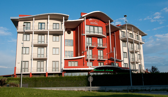 Brindor hotel poirino to for Guesthouse anfang
